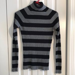 Premise gray black striped ribbed sweater size M